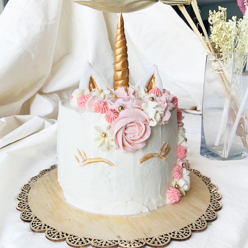 layer cake licorne façon fraisier